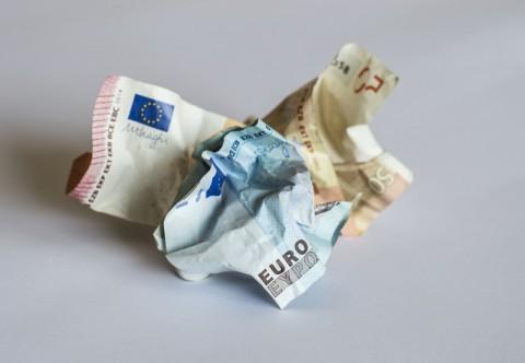 soldi sprecati stampo lamiera